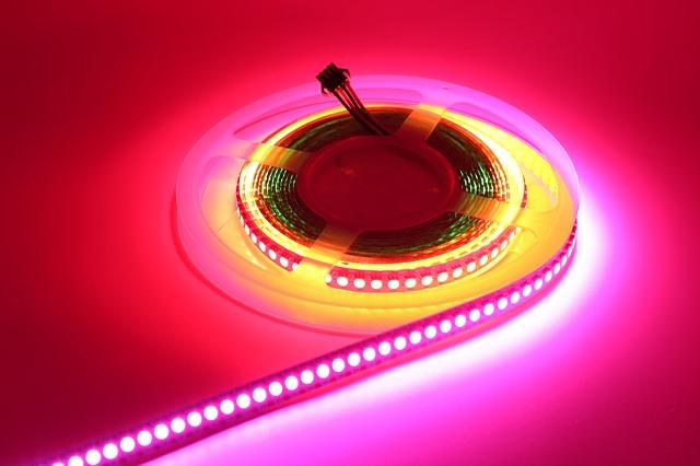 digital-led-strip-lights-2103022_640