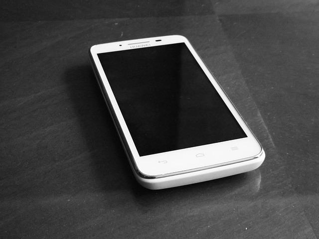 bílý Huawei