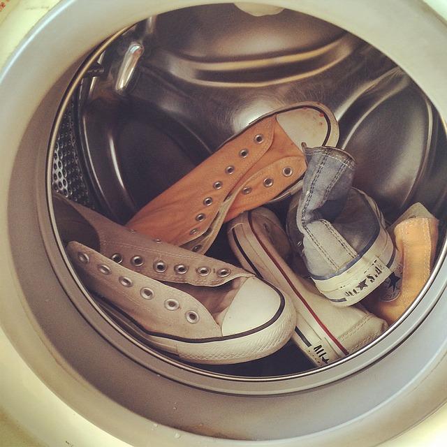 tenisky v pračce